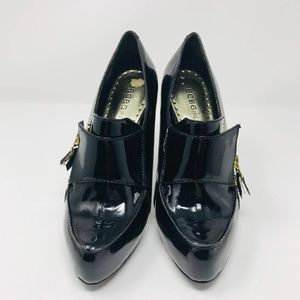 BCBG Patent Leather Pointed Toe Heels Side Zipper